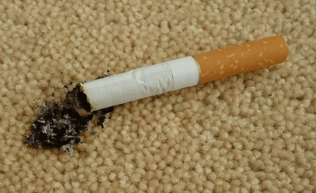 لکه سوختگی موکت با سیگار | شرکت زت کارپت